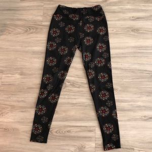 Like new LulaRoe pattern leggings